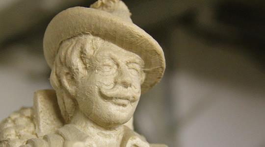 Holzrohling - Mann mit Schnauzbart